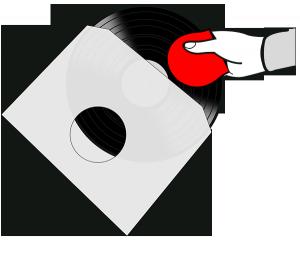 Die Vinyl-Schallplatte mit dem RecordButler aus der Verpackung nehmen