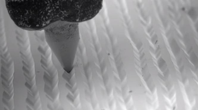 Vinyl unter dem Mikroskop
