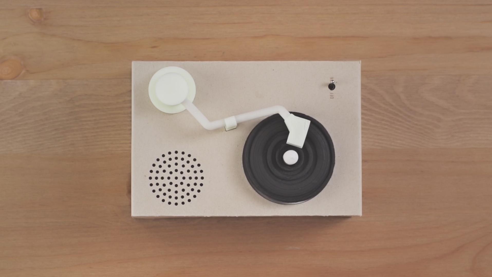 Oreo Kekse und Mini-Plattenspieler